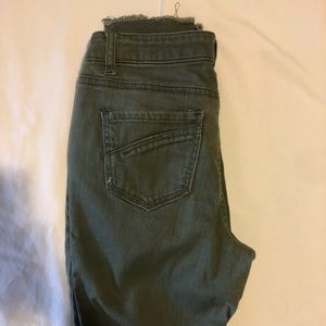 Vanilla Star Jeans - Army green fray jeans